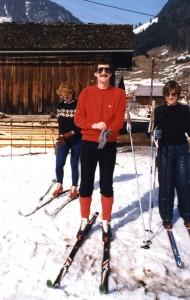 Malcolm Greenhalgh with Jane Niesigh (R). Damüls, Austria, 1981